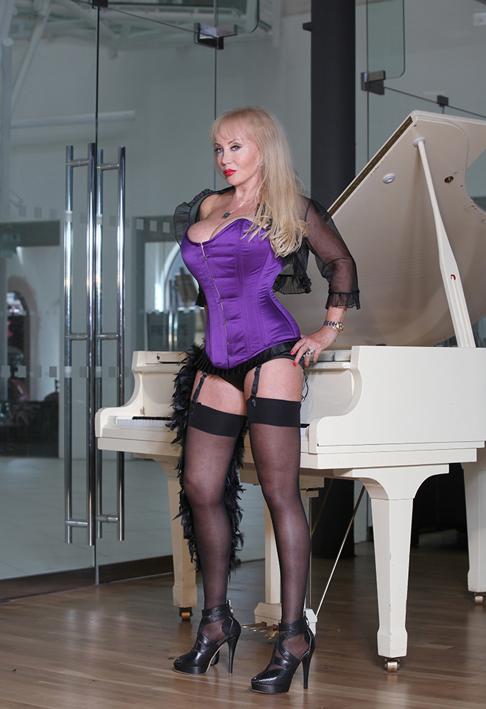 Mistress Tanya - Mistress of the Month