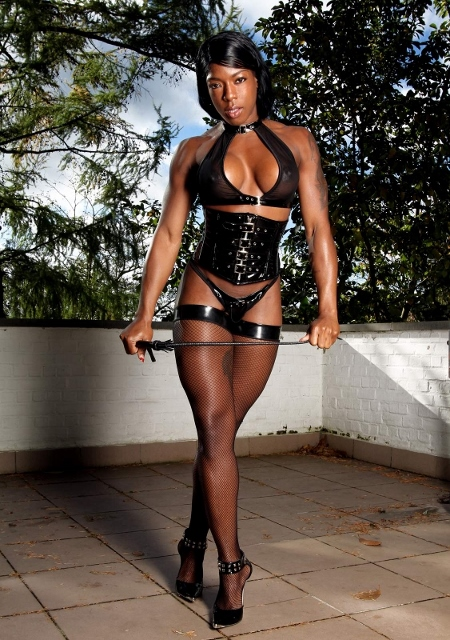 Mistress Kiana of London