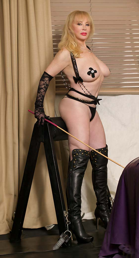 Mistress Tanya Of London 10
