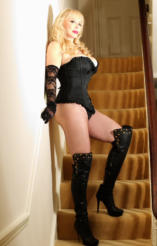Mistress Tanya Of London 9